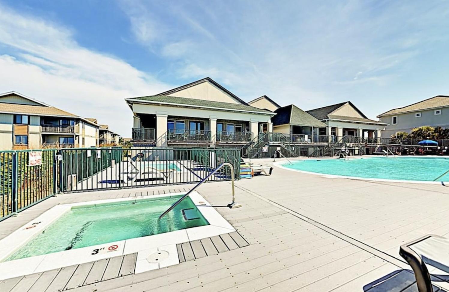 Ocean Isle Beach Club swimming pool
